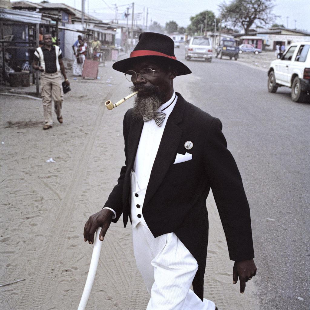 Bonga Bonga is a member of the SAPE (Societe des Ambianceurs et des Personnes Elegantes), Republic of the Congo, Pointe-Noire © Francsco Giusti
